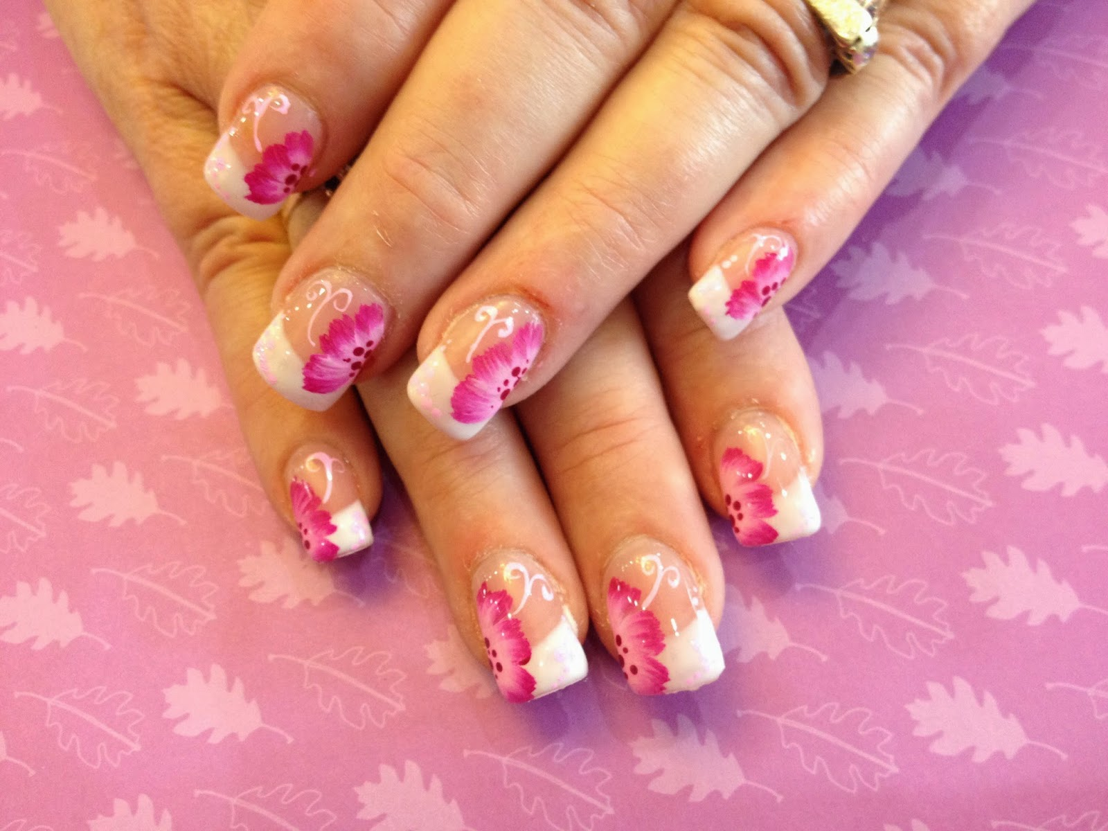 French Manicure Tips | Fashion\'s Feel | Tips and Body Care