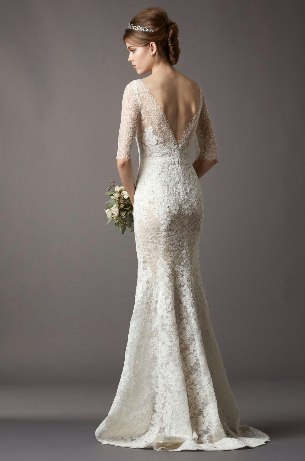 Stylish modern lace wedding dresses with long sleeves ideas for Modern long sleeve wedding dresses