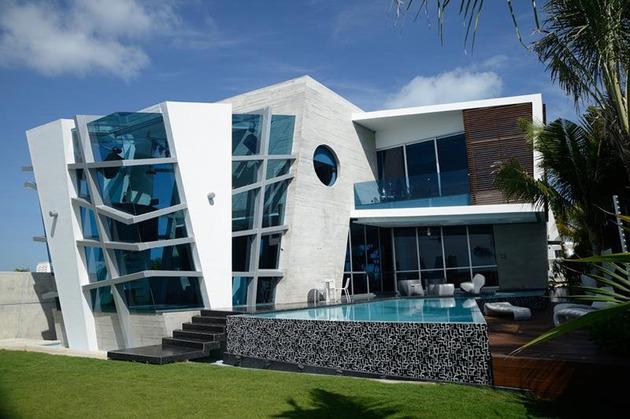 Berikut akan kami sajikan beberapa gambar dan model rumah modern yang futuristic untuk menjadi referensi anda sebelum membangun hunian yang anda impikan. & Desain Rumah Modern Yang Futuristik