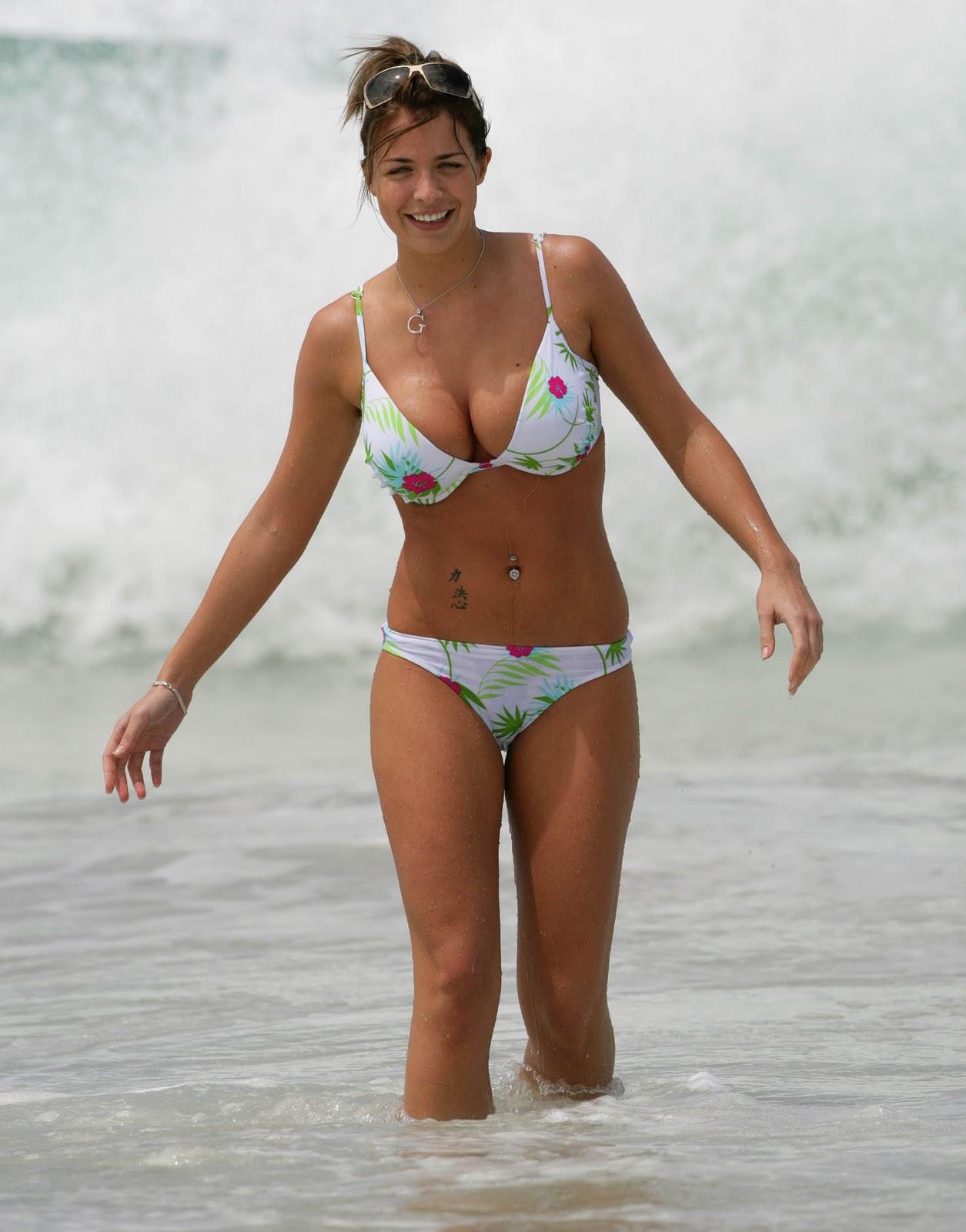 http://1.bp.blogspot.com/-nebb5LqLELQ/TbZ51d6UvXI/AAAAAAAAArY/8nFoh_3bx7E/s1600/gemma-atkinson-bikini-2.jpg