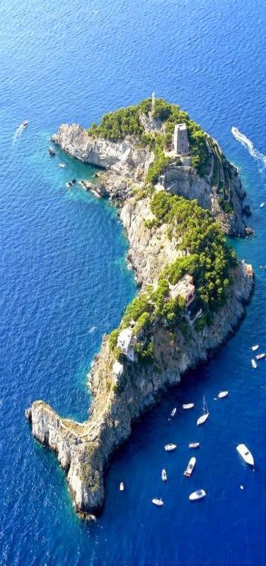 Sirenusas, Amalfi Coast Italy