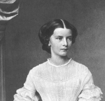 una foto giovanile della moglie di Francesco II