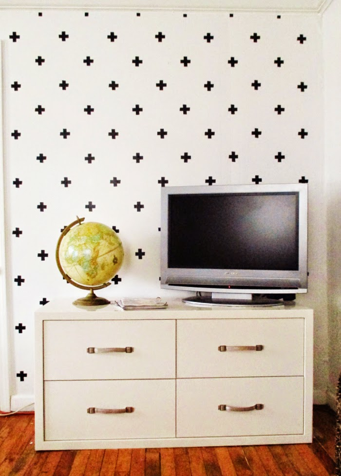 DIY accent wall using tape