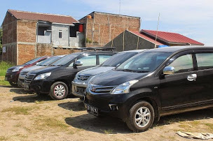 Rental Mobil Makassar Avanza