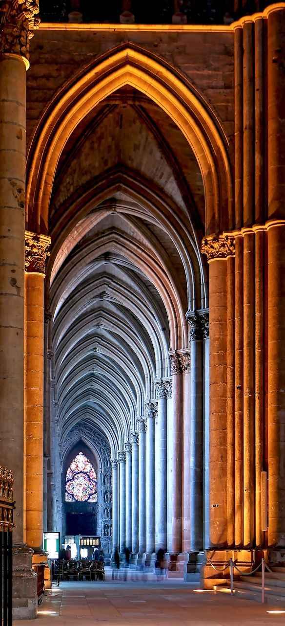 Catedral Notre Dame de Reims, nave lateral esquerda.