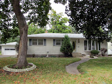 NEW ROOF, FURNACE and ELEC! 3BR/2BA/1+Car RAMBLER