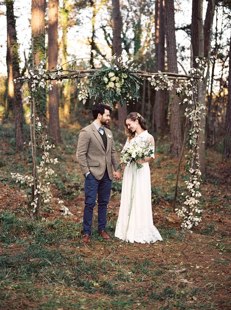 ▻altar de ramas y flores para una boda en el bosque◅ - mis