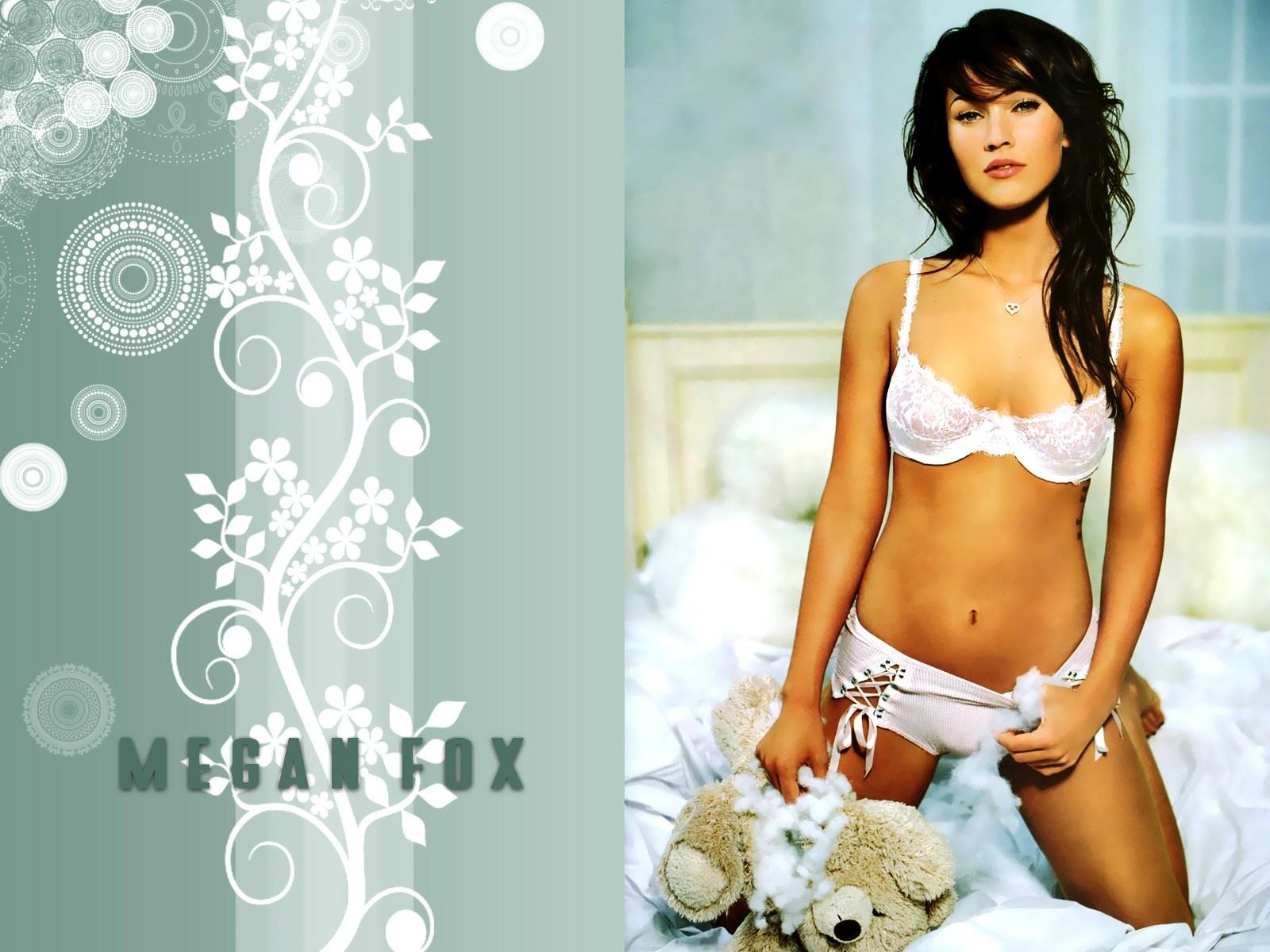 Megan Fox wallpaper HD
