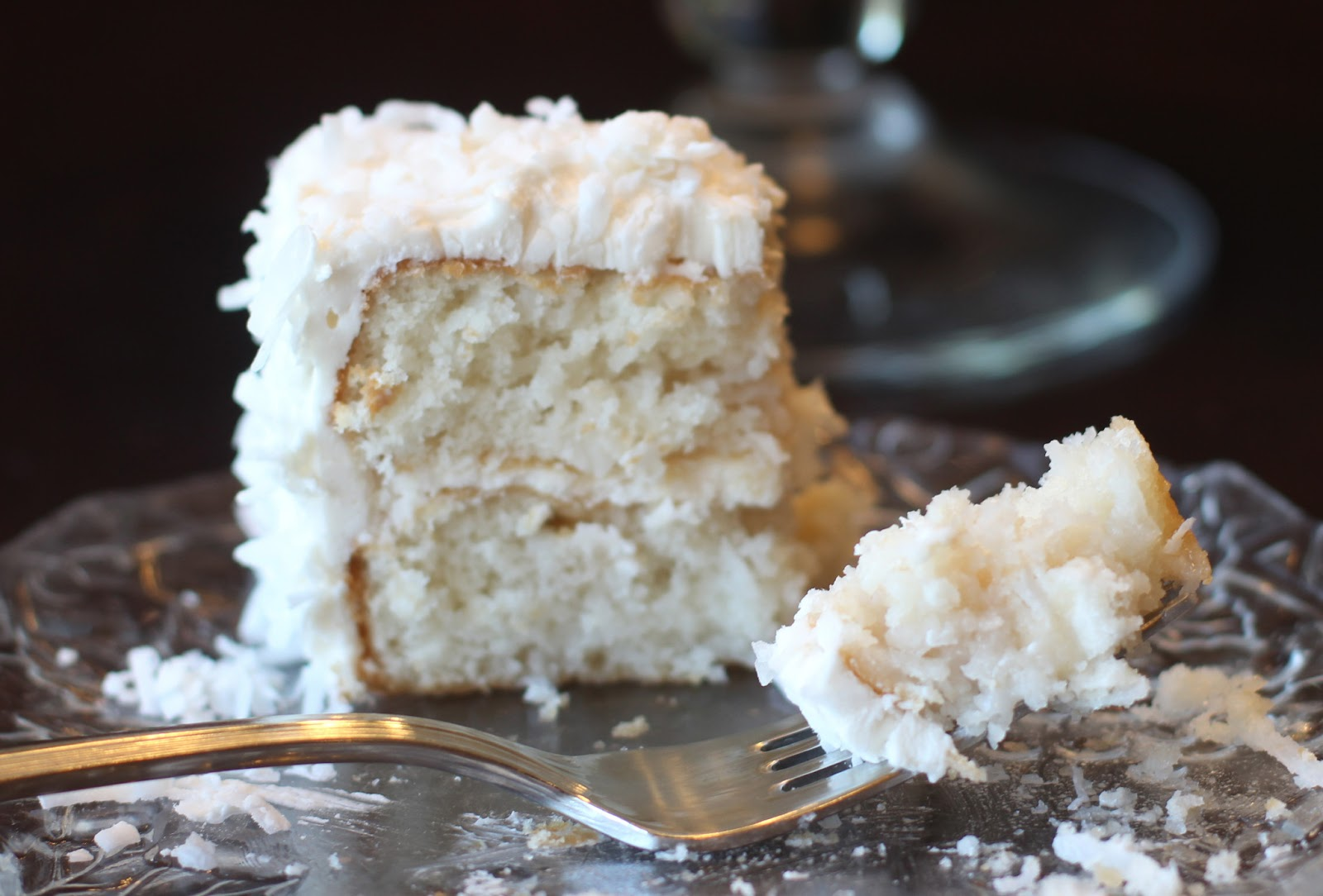 Sprinkle Some Sunshine!: coconut cream cake party!