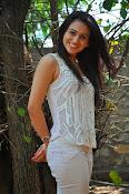 Aksha pardasany glamorous photos-thumbnail-5