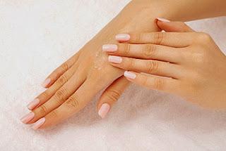 Como acabar con la aspereza y sequedad de tus manos