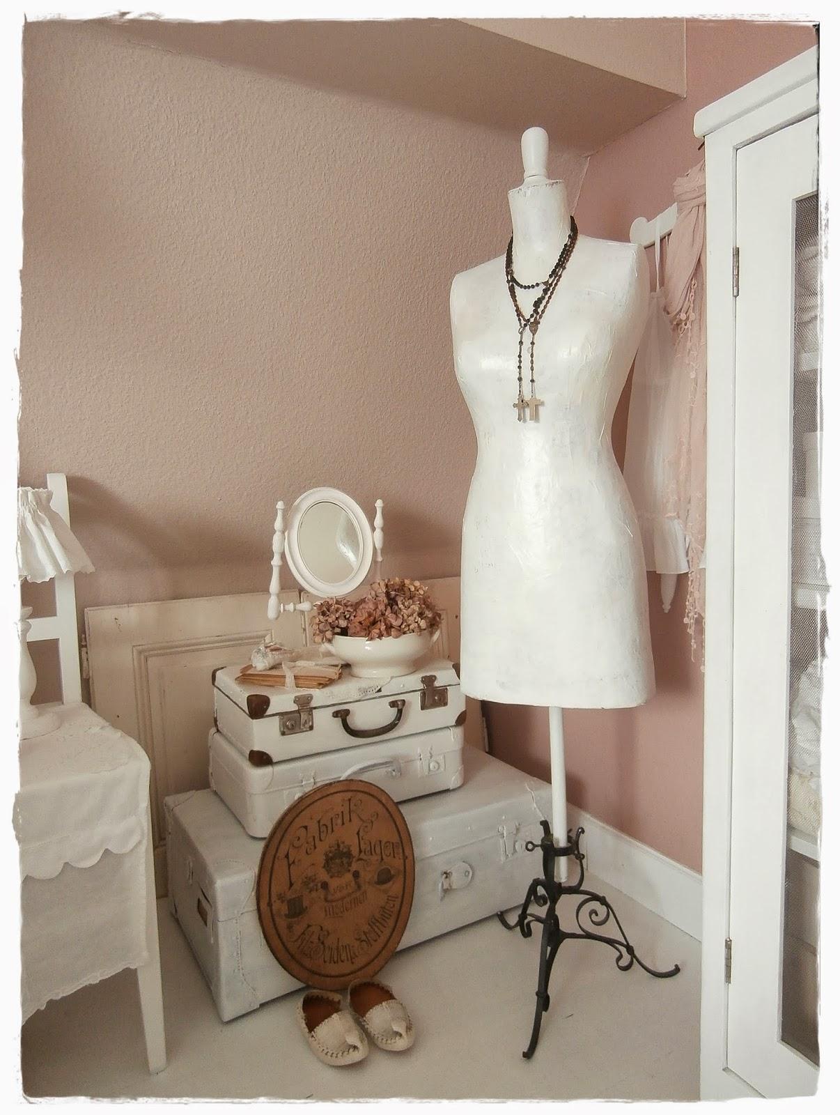 schlafzimmer in grau. Black Bedroom Furniture Sets. Home Design Ideas