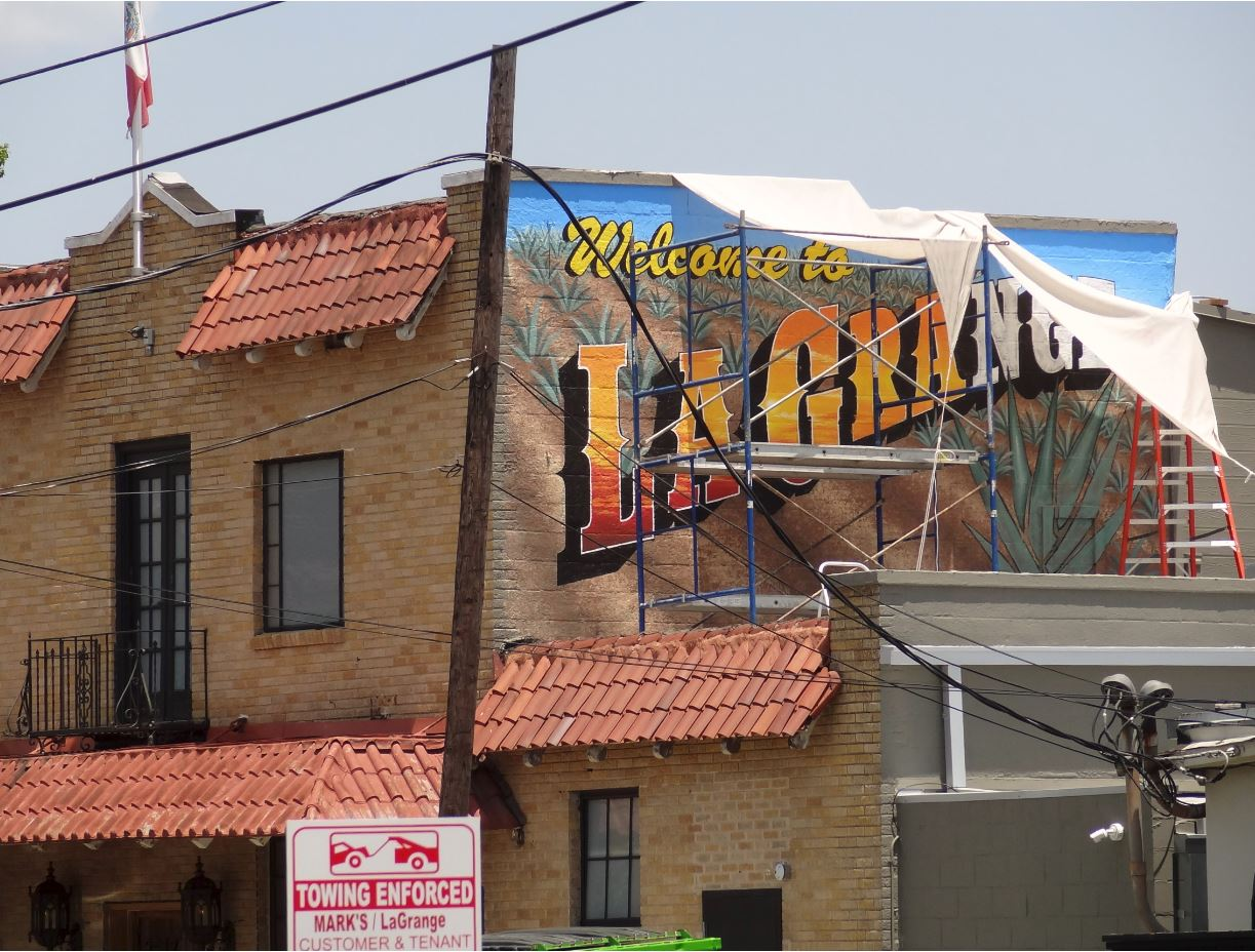 Welcome To La Grange New Mural At Montrose Patio Establishment In . El  Patio Westheimer ...