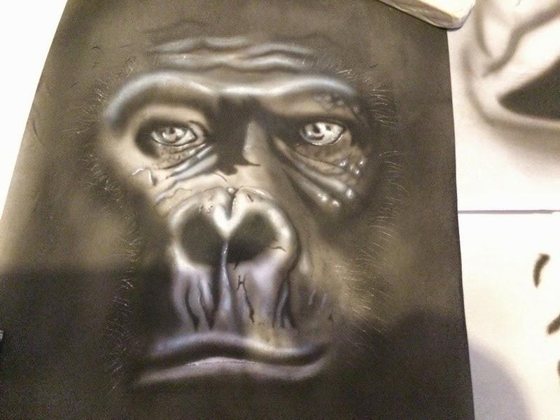 peinture aerographie airbrush regard gorille bysoairdisign