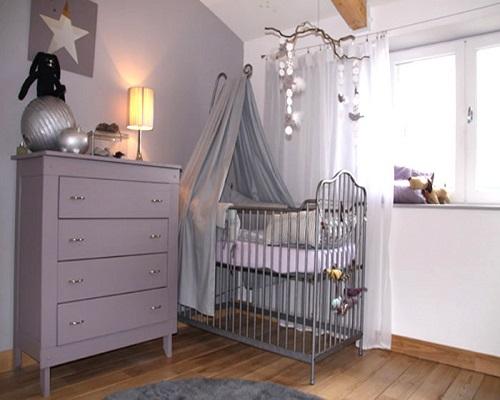 Couleur Peinture Jaune Safran : chambre bébé gris et blanc  Bébé et décoration  Chambre
