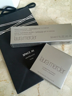 Laura Mercier Tinted Moisturiser and Illuminating Powder