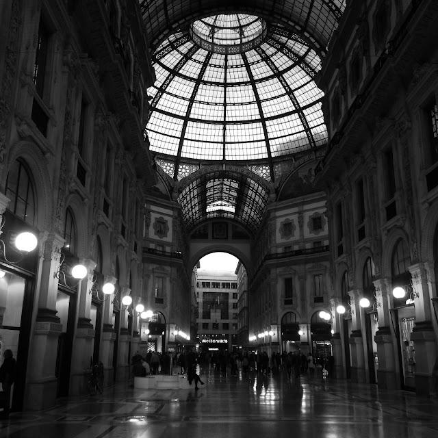 Galleria Vittorio Emanuele II Milano Black & White http://elisiroflife.blogspot.com