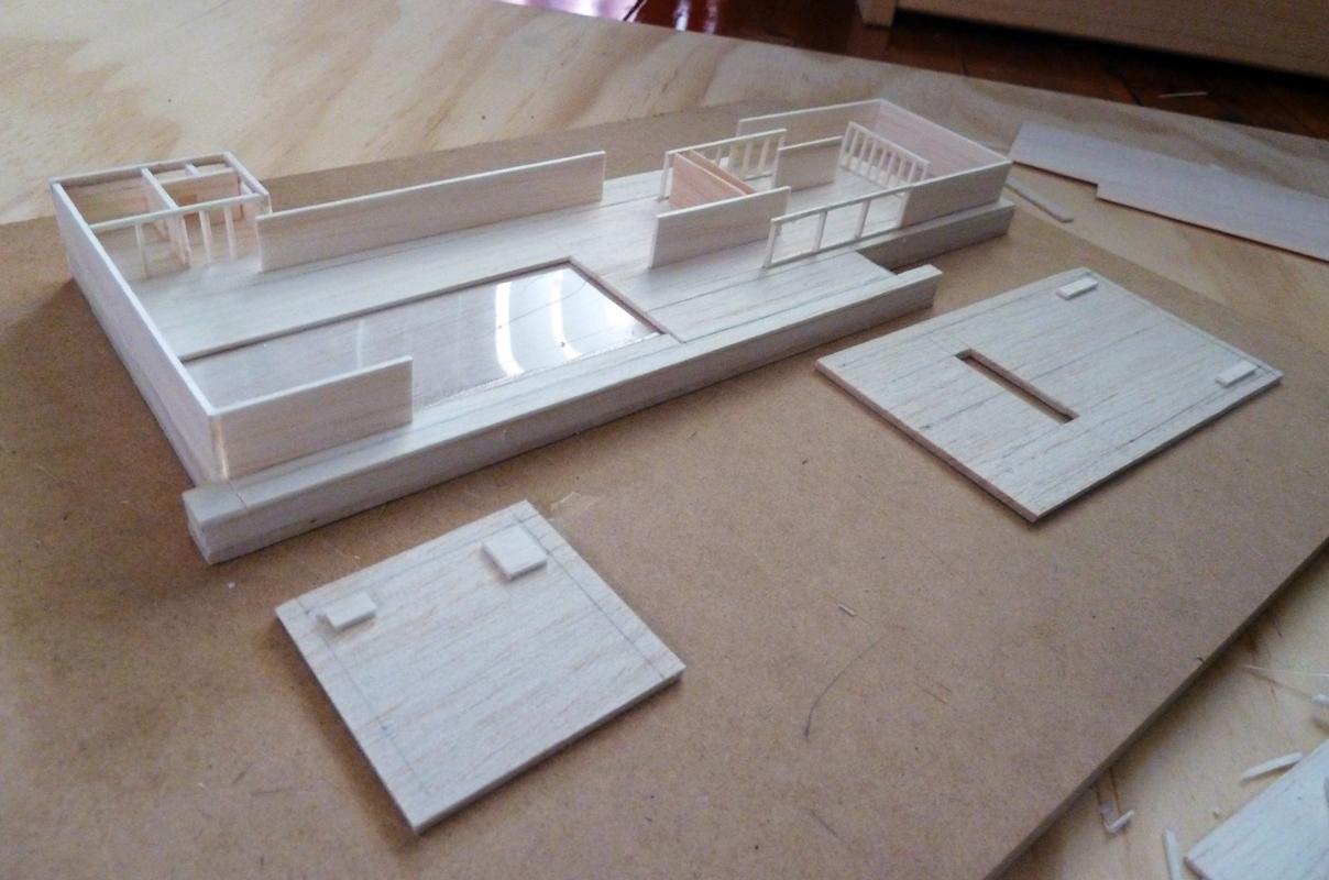 Pavillon Grasekamp Modell : Aurelie nguyen communications model it barcelona pavilion