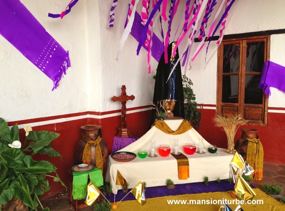 Altar de Dolores en Pátzcuaro en la Casa de los Once Patios
