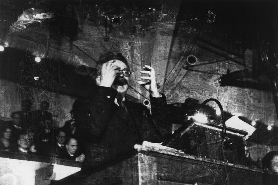 DENMARK. Copenhagen. November 27th, 1932. Leon Trotsky lecturing. Robert Capa