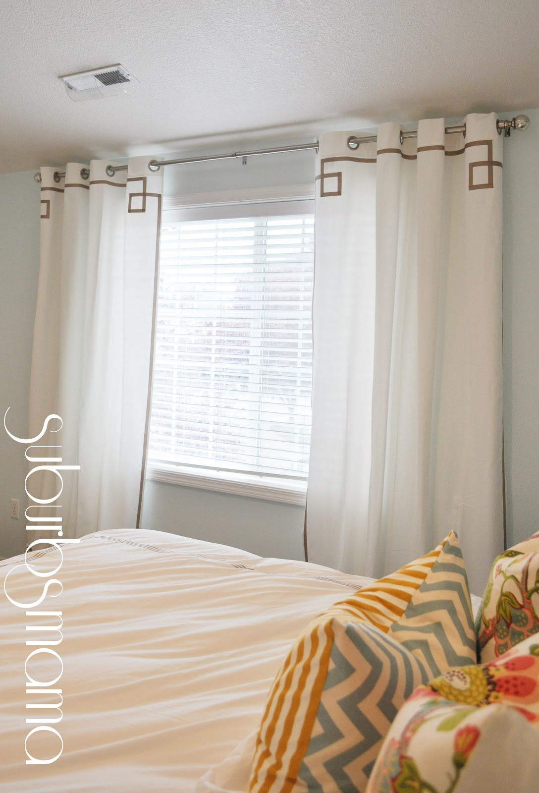 Suburbs Mama: Master Bedroom Curtains