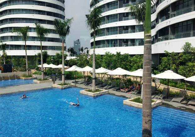 mua hồ bơi căn hộ City Garden