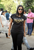 Poorna at memu saitam cricket-thumbnail-13