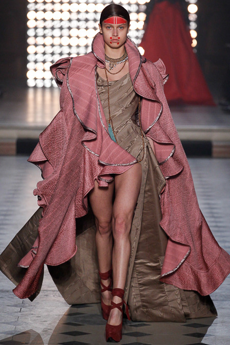 5 worst looks of paris fashion week, vivienne westwood fw14 rtw