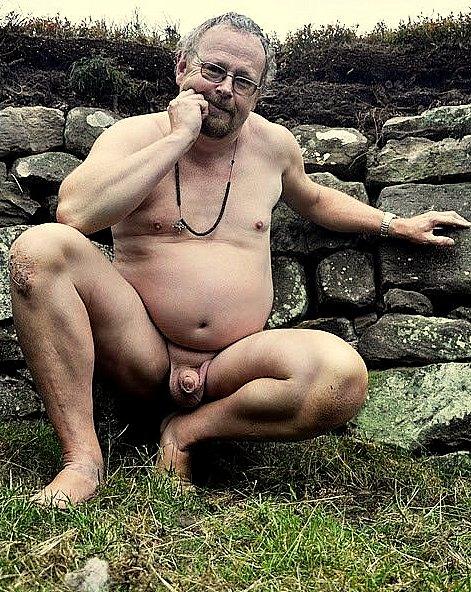 Femmes nues wrestling hommes