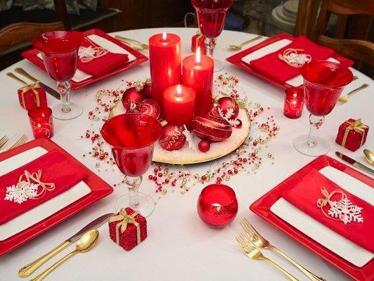 Christmas table decoration in red part 4 - Como decorar la mesa de navidad ...