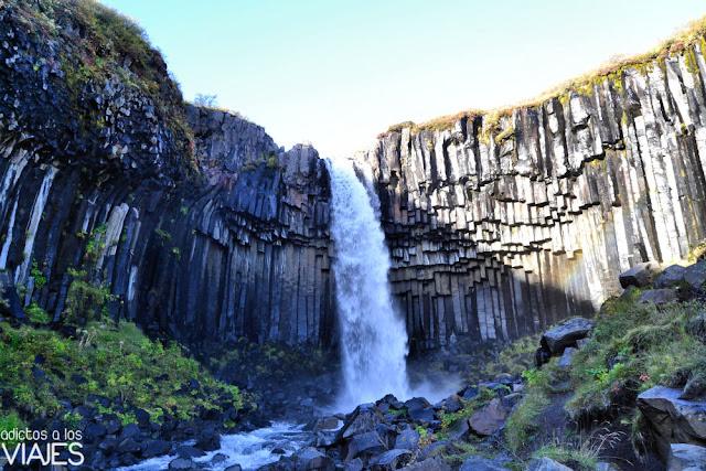 Cascada de Svartifoss