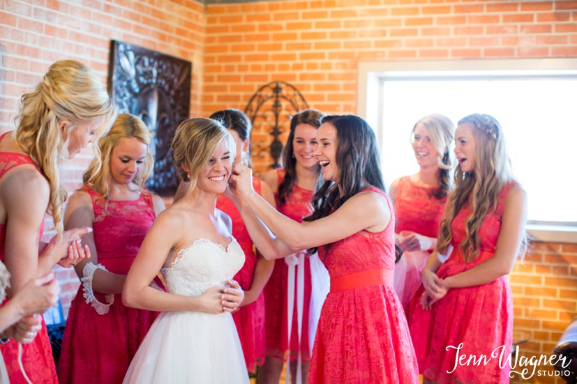 12 West Main Wedding Bridal Party Getting Ready