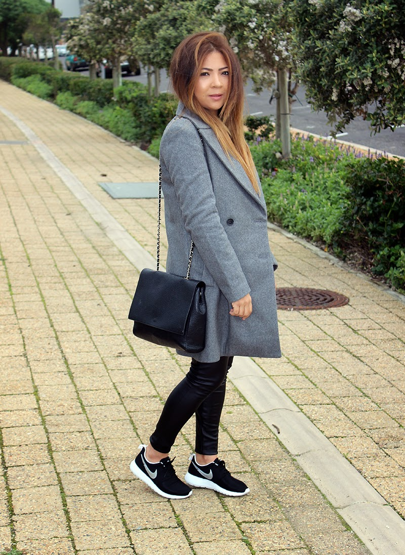 Zara Grey Coat OOTD, fashion blogger cape town, nike roshe run ootd, nike roshe run outfit, zara coat, winter fashion, long ombre hair, leather leggings, casual coat outfit, coat & sneakers ootd