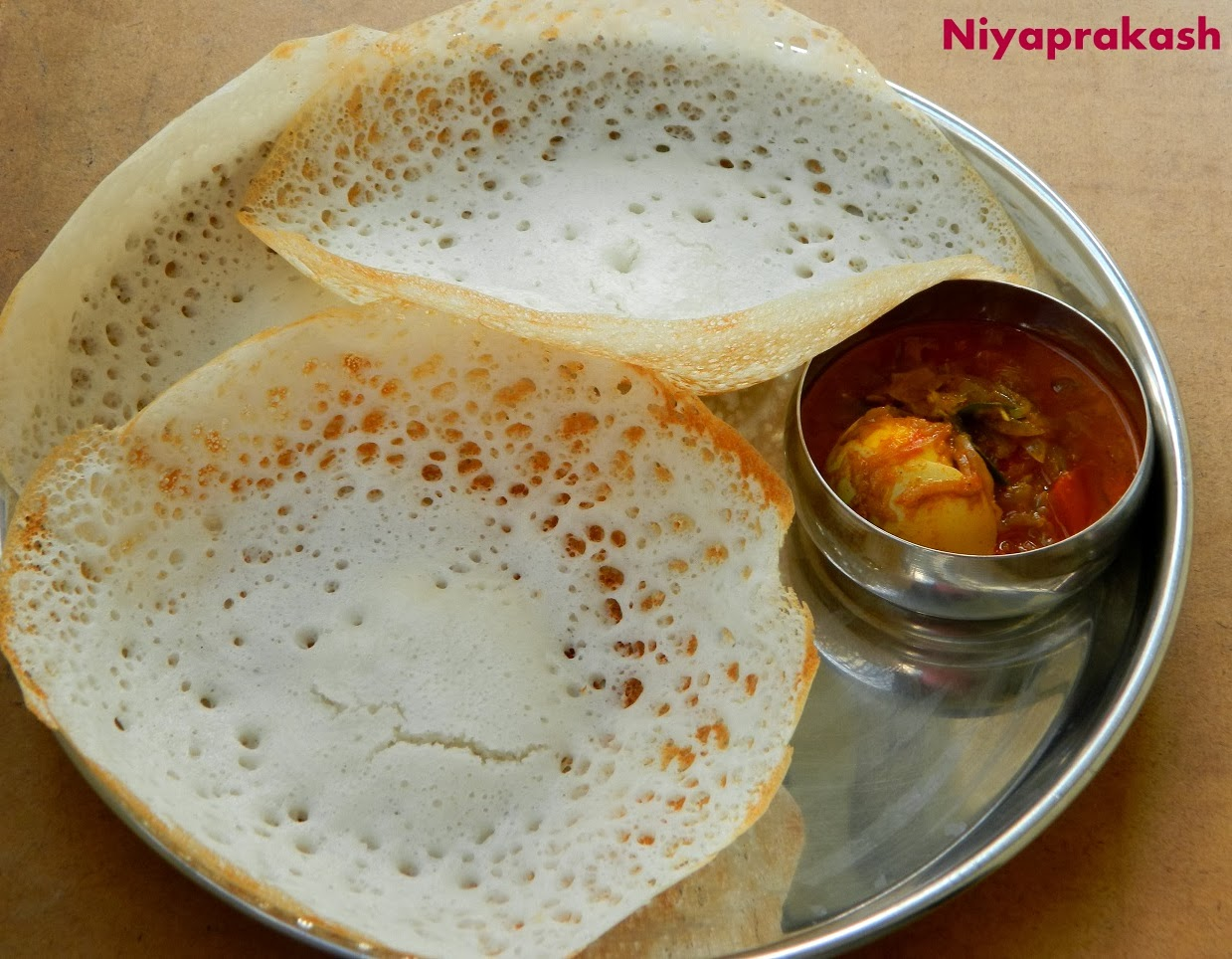 Niya 39 s world how to make tasty spongy appam for Appam and chicken stew kerala cuisine