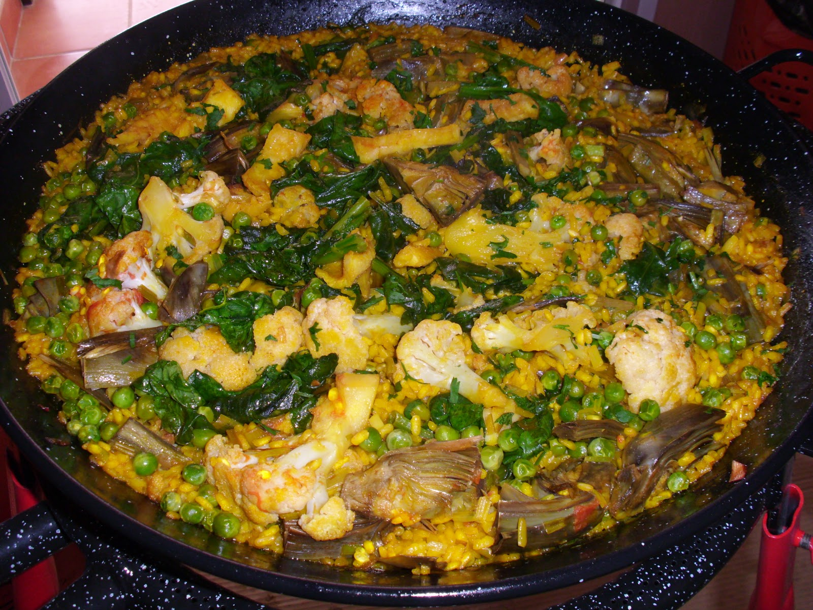 cocina y borda con maria paella de cuaresma