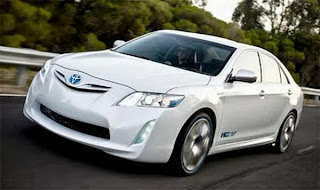 2014 Toyota Camry Hybrid Release & Review