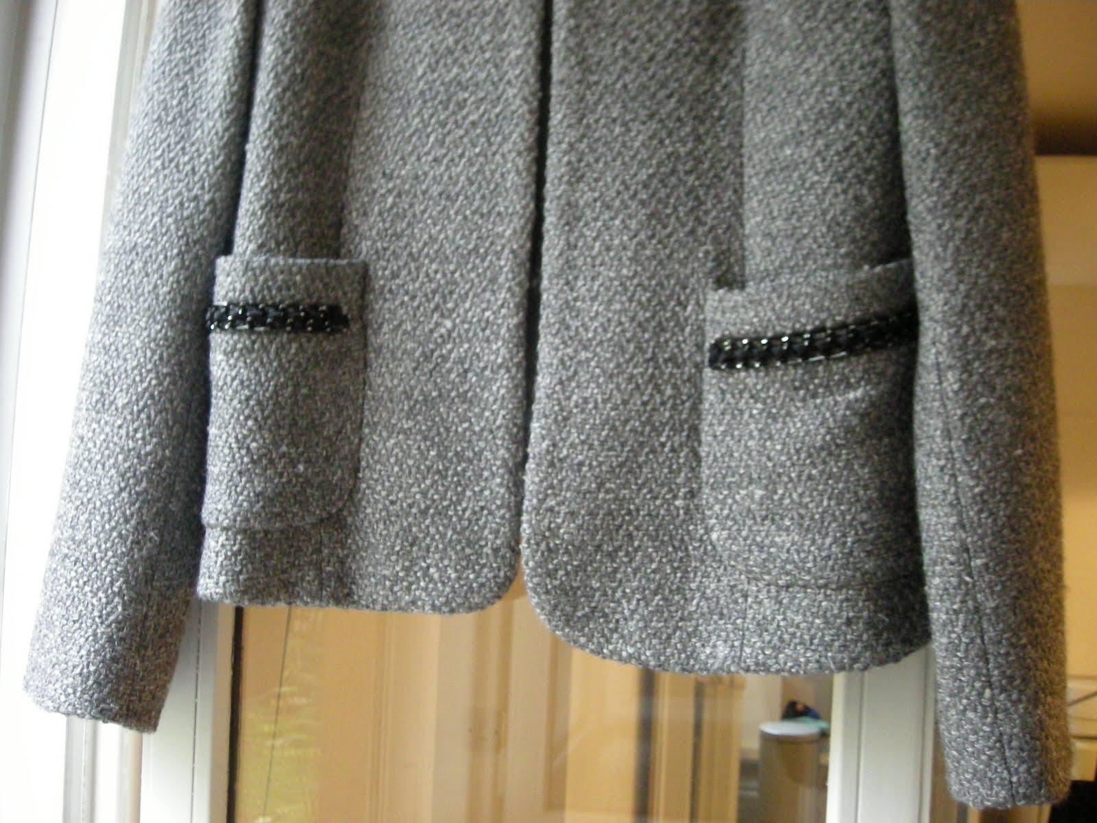 vente vetement en ligne vide dressing Flora : SANDRO – Veste costume grise « Chanel » 35% laine - T40 - NEUVE