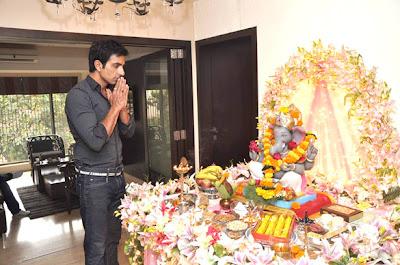 Sonu Sood Celebrates Ganesh Festival Images