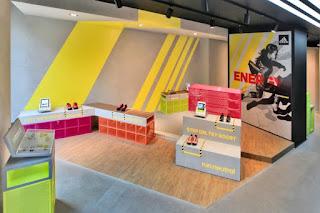 Adidas RunBase, Milán, Milano, DINN