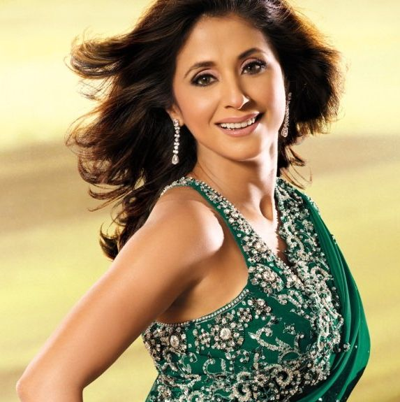 indian film actress spicy urmila matondkar beautiful smile picture in