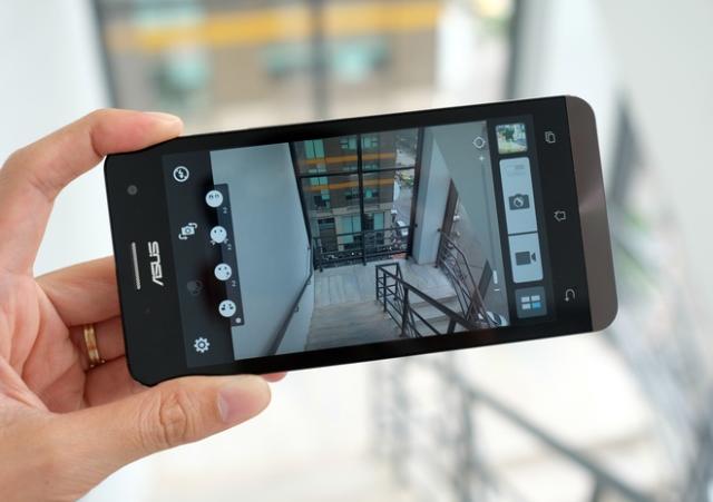 Image result for kamera asus zenfone 5