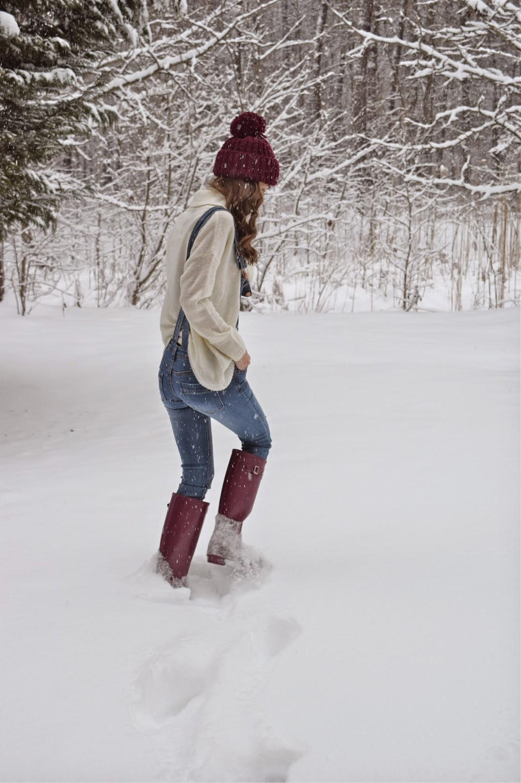 Snow Day Look, Hunter boots in the snow