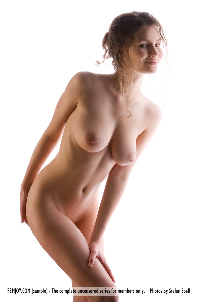KALAH DISEK: BIG BOOBS OF SEXY NUDE AND HOT GIRLS