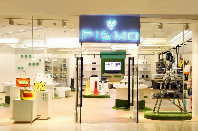 Pismo Digital Lifestyle Store entrance