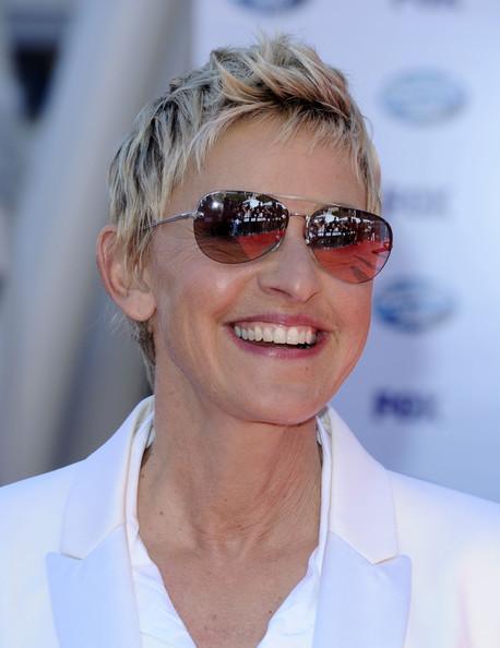 Ellen degeneres short hairstyles celebrity hair cuts for How is ellen degeneres