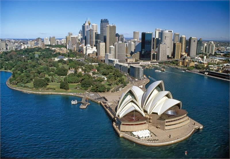 Sydney and the amazing Opera House