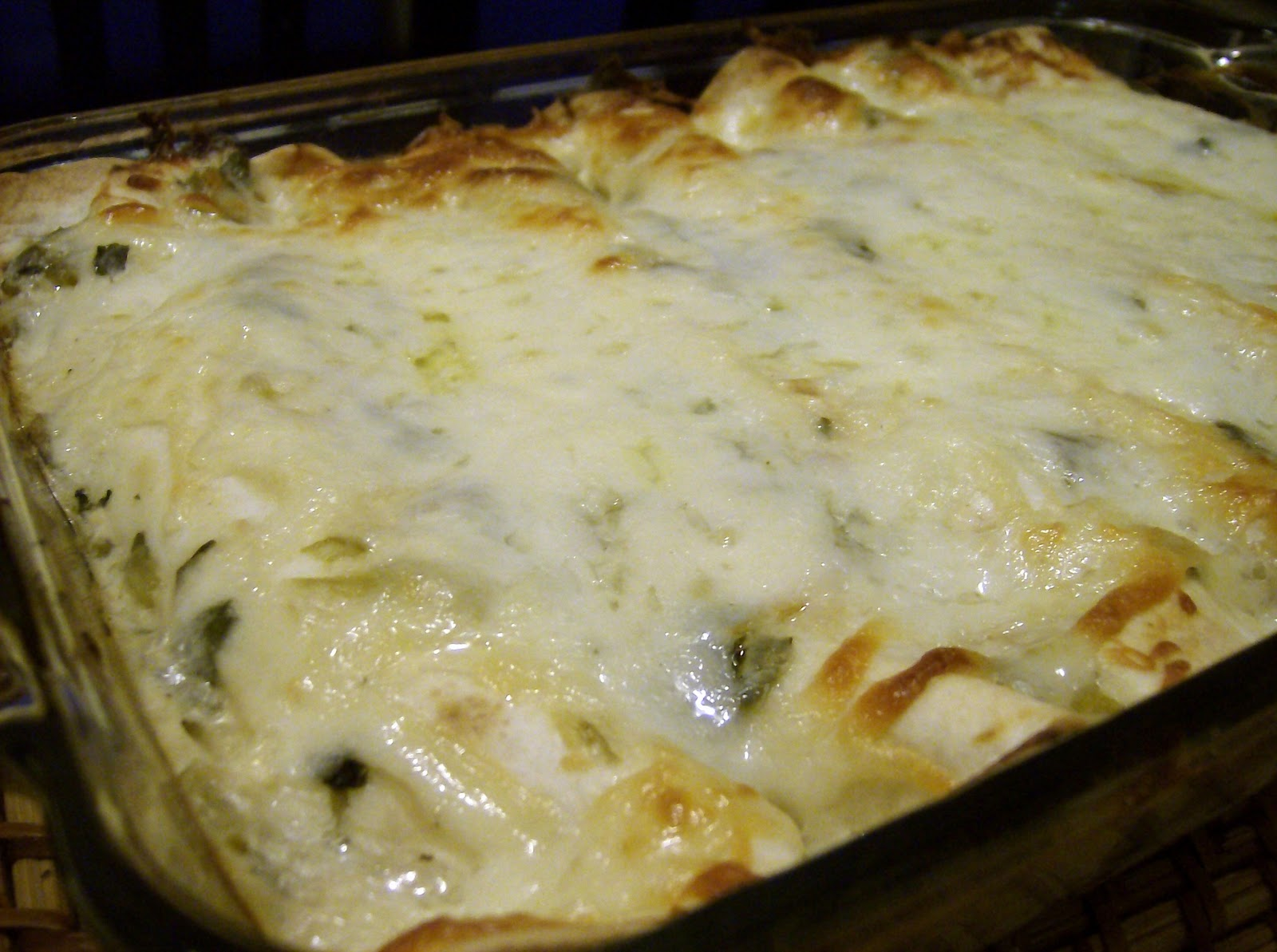 The Skimpy Pantry: Green Chile Chicken Enchiladas with Spinach