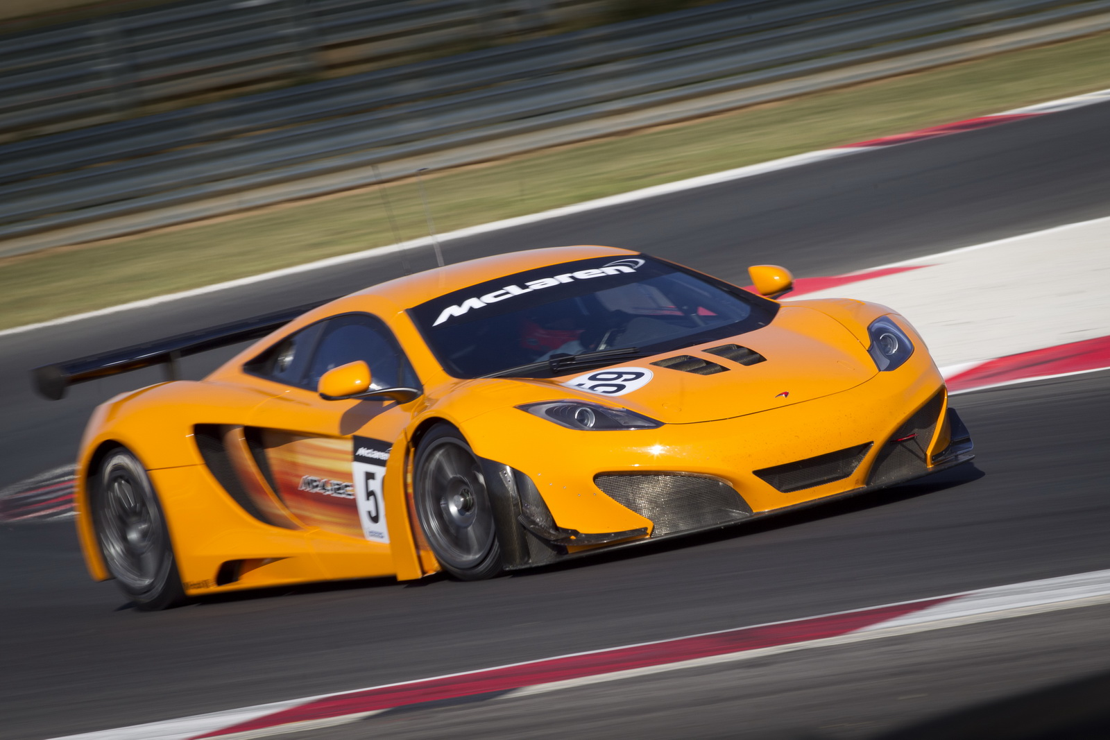 Dynamic world debut : McLaren MP4-12C GT3 ~ Auto Car
