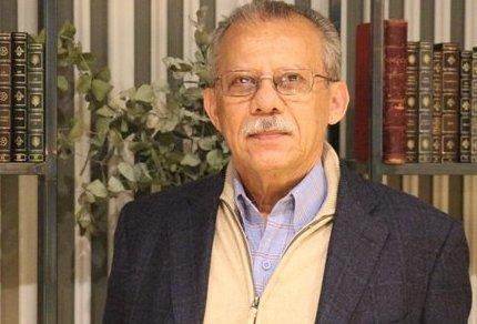 LUIS BARRERA LINARES  @dudamelodica