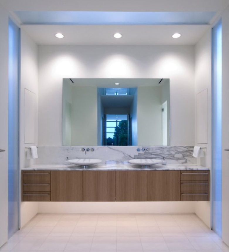 Bathroom Vanity Lighting Ideas And The 2 1 Design Rule: Nowoczesne łazienki : Oświetlenie łazienki